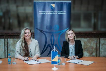 UJEDINJENI PROTIV NASILJA NAD ŽENAMA Mozzart i Agencija za ravnopravnost polova potpisali protokol o saradnji