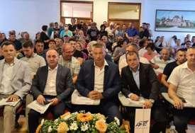 Za predsjednika izabran Dragan Brdar: U Kozarskoj Dubici održana izborna skupština Opštinskog odbora DNS (FOTO)