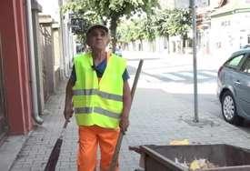 """""""Ćutim, dobro je i ovo kad mi daju"""" Ljubiša je bio bokserski šampion, a danas čisti ulice (VIDEO)"""