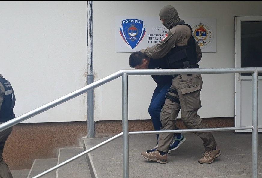 SAZNAJEMO Inspektori MUP Srpske bili vozači opasnog škaljarca, kretali se službenim vozilima po cijeloj BiH