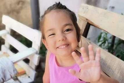 """""""Duša me boli što ne može da trči"""" Mila ima četiri godine i boluje od teške bolesti, otac moli za pomoć (FOTO)"""