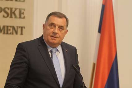 """""""Zahtijevamo rješenje koje je prihvatljivo za sve"""" Dodik poručio da su političke snage u Srpskoj odlučne protiv """"Inckove odluke"""""""