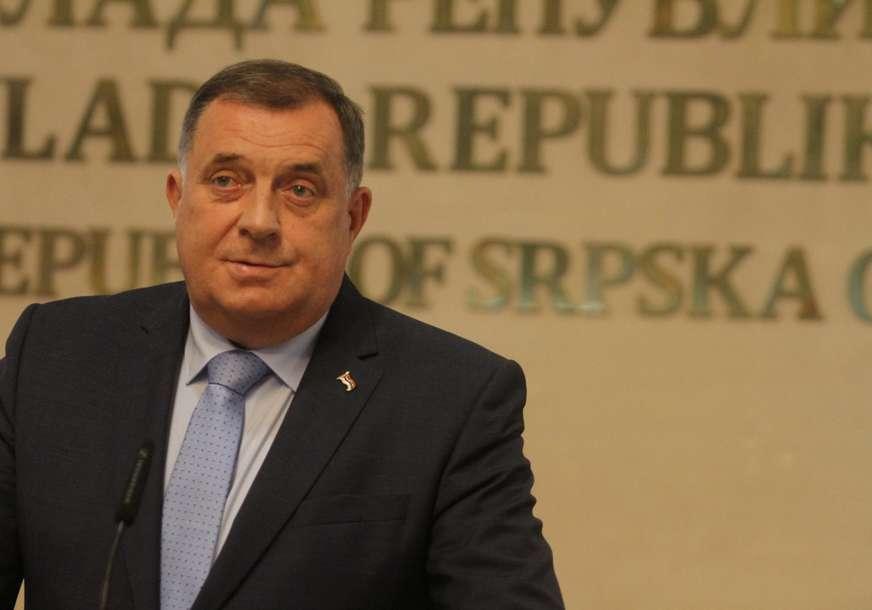 """""""Čini sve da Srbima zagorča život"""" Dodik odbacuje Inckovu odluku, nazvao ga srbomrscem"""