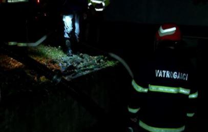 Na terenu sve raspoložive vatrogasne snage: Nevrijeme poharalo Novu Gradišku (VIDEO)