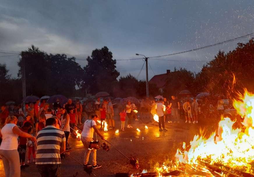 MLADI NASTAVILI TRADICIJU Lijevčanska sela čuvaju narodne običaje