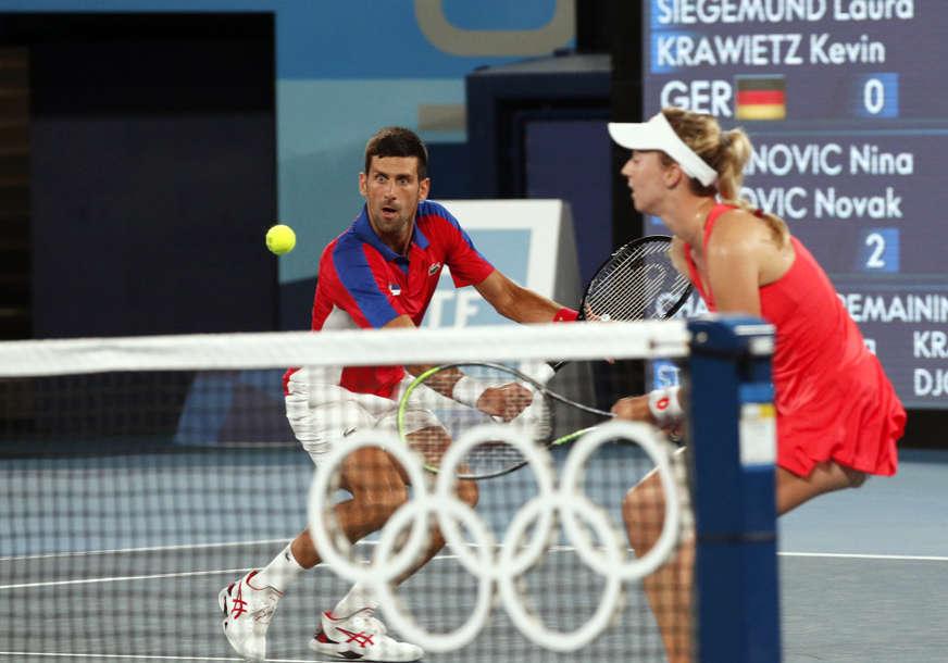Ništa od borbe za medalju u dublu: Premoreni Đoković ne može da stoji na nogama, Srbija predala meč!