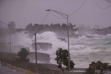 """Kuba evakuisala 70.000 ljudi zbog tropske oluje """"Elsa"""": Sljedeća """"meta"""" Florida gdje je proglašeno vanredno stanje"""