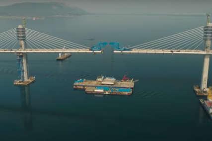 INTERESANTAN PRIKAZ Objavljeni satelitski snimci trogodišnje izgradnje Pelješkog mosta (VIDEO)