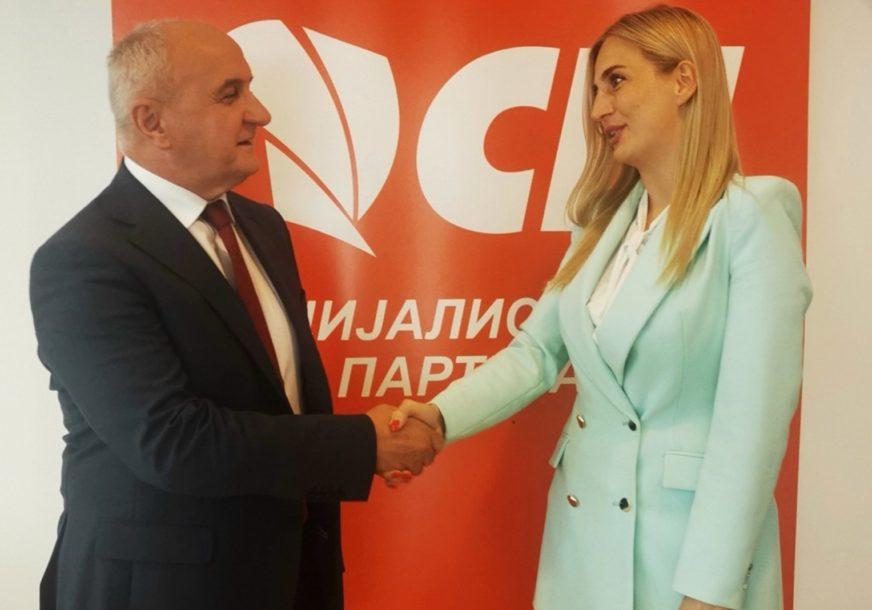 """""""Partija u kojoj sam odrasla"""" Andrea Dorić se vratila u Socijalističku partiju"""