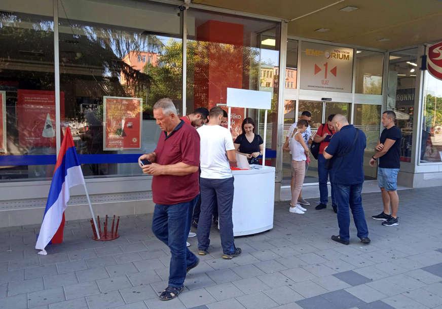 """""""Srpski narod treba da pokaže jedinstvo"""" I u Bijeljini organizovano potpisivanje peticije protiv Inckove odluke"""