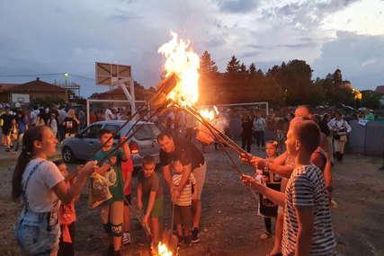 Dodijeljene i nagrade: U tradicionalnom lilanju u Donjoj Trnovi učestvovalo 165 djece