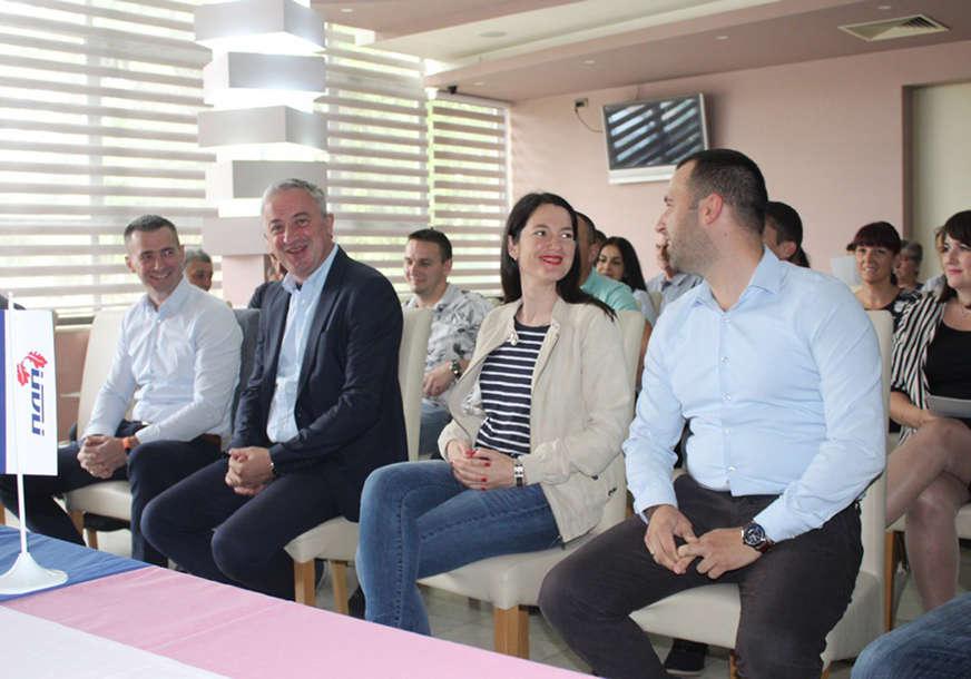 Srđan Bakmaz je novi predsjednik PDP u Rogatici, Borenović poručuje: Prirodno je da mladi preuzmu odgovornost