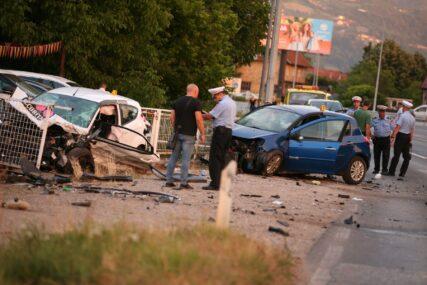 TEŠKA NESREĆA U BANJALUCI U sudaru tri automobila povrijeđene četiri osobe