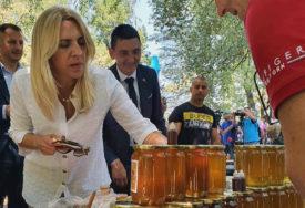 Cvijanovićeva u Pelagićevu: Zajednički raditi na rješavanju političkih, ekonomskih i finansijskih izazova