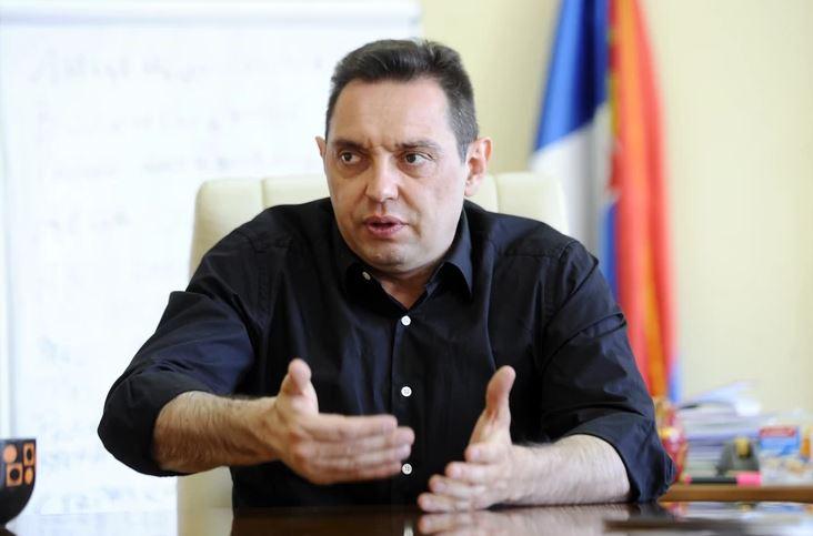 Vulin: Nema ništa sporno u tome što srpski helikopteri nadlijeću svoju teritoriju