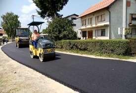 Vratili im asfalt bez kojeg su ostali uoči izbora: Obnovljena Ulica Nikole Luketića u Prijedoru