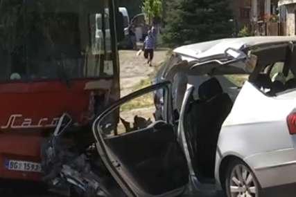 Policajci zatekli troje mrtvih: Autobus vraćao radnike iz treće smjene kad su mu OTKAZALE KOMANDE