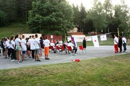 UČESTVUJE 50 MLADIH Počeo 23. Kamp podmlatka Crvenog krsta Srpske