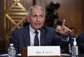 """Vodeći američki infektolog """"CDC bi mogli podržati da maske nose i vakcinisani"""""""