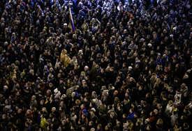 Zbog zakona o vakcinaciji: Stotine građana na ulicama Bratislave