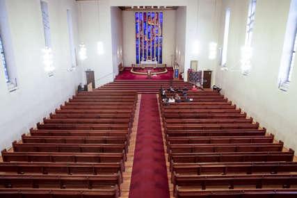 Zvaničnici kažu prvi događaj ovakve vrste: Transrodna osoba održala ceremoniju promjene imena u crkvi