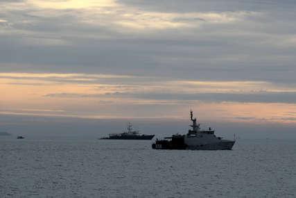 """""""Pozivamo SAD da prekinu sa provokativnim akcijama"""" Potisnut ratni američki brod iz kineskih voda"""