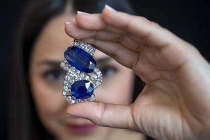 Uspješna akcija policije: Većina ukradenog nakita vraćeno u draguljarnicu