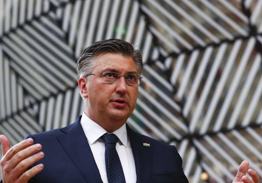 """""""Razgovaraćemo o tome"""" Plenković o inicijativi za zabranu upotrebe ustaškog pozdrava"""