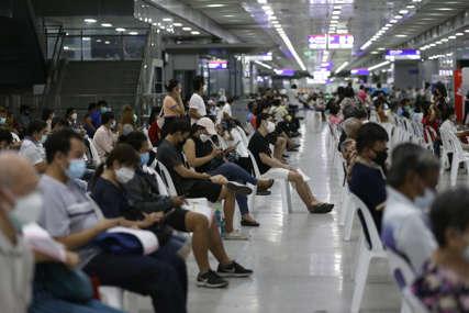 Kina uslovljava svoje stanovnike: Bez vakcine se ne može u škole, trgovine, bolnice i restorane