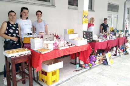 LJUDI VELIKOG SRCA U Istočnom Sarajevu organizovan humanitarni bazar za Ivanu Bjelogrlić i Boška Gugletu