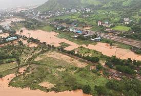 POGINULO NAJMANJE 125 OSOBA Najjače kiše u Indiji u protekle četiri decenije