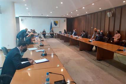 Izmjene Izbornog zakona na čekanju: Mjesecima se Interresorna radna grupa VRTI U KRUG, bez rezultata