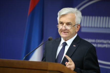 """Čubrilović o sastanku """"Evropski ambasadori izrazili razumijevanje"""""""