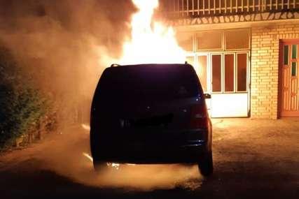 """""""Ugrozili su živote moje djece, a još su na slobodi"""" Ni nakon mjesec dana nije rasvijetljeno paljenje auta banjalučkog vatrogasca"""