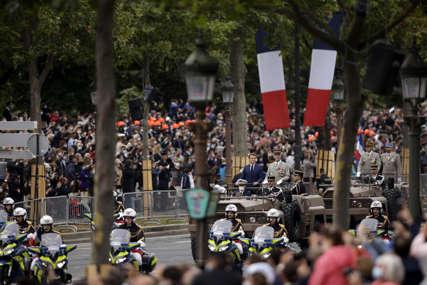 PROTESTI U FRANCUSKOJ Parižani na ulicama zbog najave novih ograničenja
