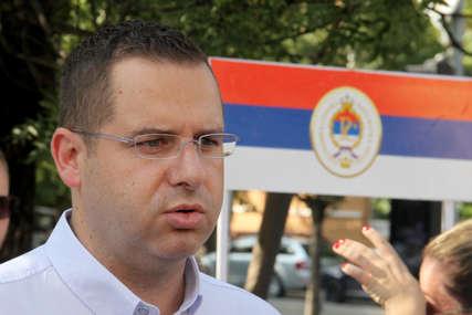 Kovačević čestitao Dan srpskog jedinstva i najavio pronošenje zastave duge više desetina metara kroz Banjaluku (FOTO)