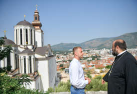 """""""Banjaluka je otvorena za sve"""" Stanivuković posjetio Sabornu crkvu u Mostaru i POSLAO JASNU PORUKU (FOTO)"""
