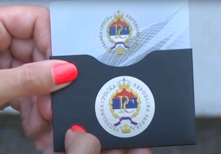 Prva važi do 2025. godine: Za građane Srpske e-kartice su za sada besplatne