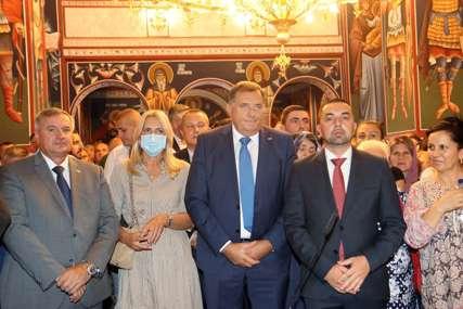 Cvijanovićeva čestitala krsnu slavu građanima Doboja (FOTO)