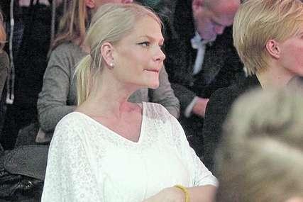 Glumica dala sinu NEOBIČNO IME, a sada je objavila fotografiju nasljednika i raznježila mnoge