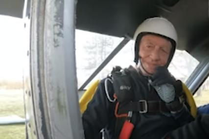 Instruktor i dvostruki rekorder sa više od 1.400 skokova: Ibrahim iz Tuzle u 87. godini najstariji padobranac u Evropi (FOTO)