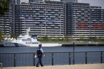 UHAPŠEN NAPADAČ IZ VOZA Muškarac u Tokiju nožem povrijedio 10 putnika, imao namjeru da zapali vagon