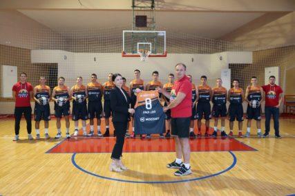 Podrška od srca: KK Basket 2000 uz Mozzart do novih pobjeda (FOTO)