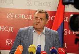 """""""Hoće da dokrajče Srpsku"""" Dodik poručio da se Šmit lažno predstavlja kao visoki predstavnik"""
