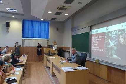 Upotreba STEAM laboratorija: Na PMF u Banjaluci počela obuka za nastavnike (FOTO)