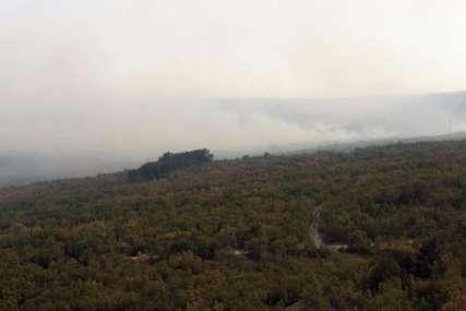 Vatrogasci strahuju šta nosi sutrašnji dan: U Bileći trenutno stabilnije stanje na požarištima