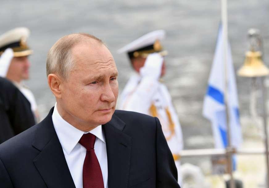 IZBORI ZA DUMU Putin pozvao građane da iskažu patriotizam, pravo glasa ima oko 180 miliona Rusa