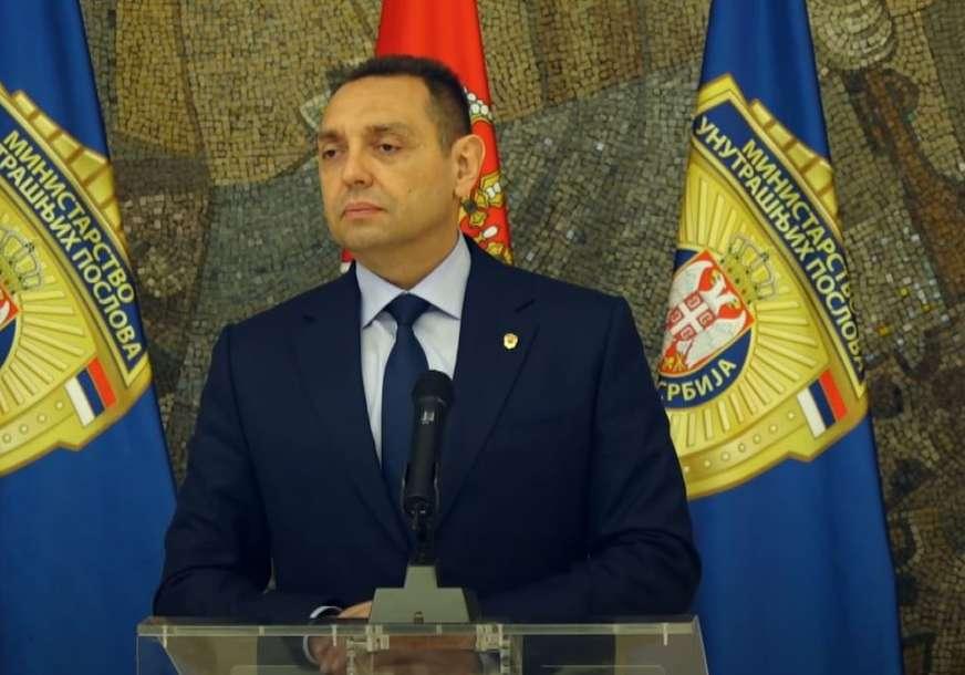 """Vulin kategoričan """"Šta se dopusti Albancima, neće se moći zabraniti Srbima"""""""