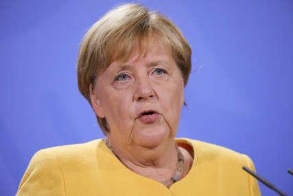"""""""Razgovori sa talibanima moraju se nastaviti"""" Merkelova poručila da bi Avganistan mogao postati plodno tlo za teroriste"""