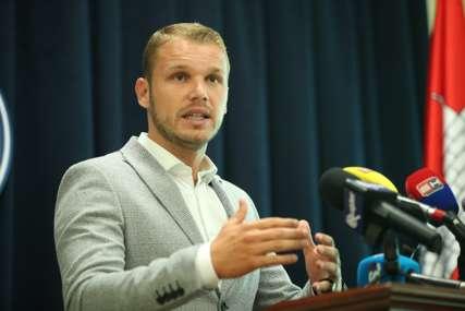 VLADA TUŽILA GRADONAČELNIKA BANJALUKE Stanivuković prouzrokovao paniku i strah kod građana